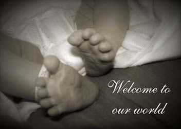 Newborn Feet card cover